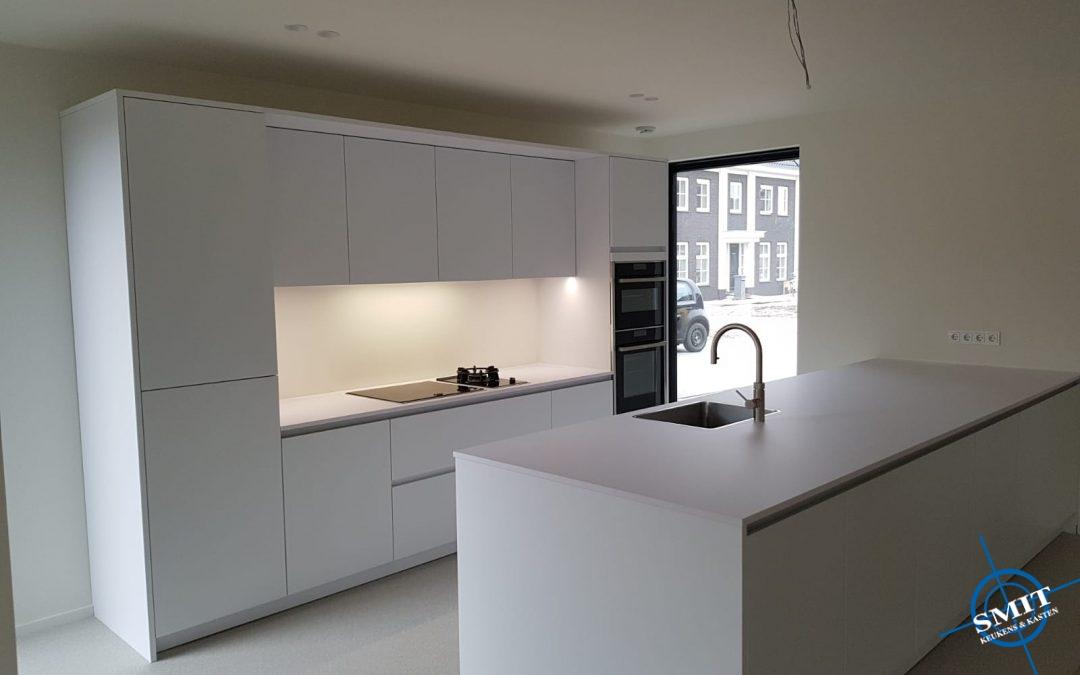 Witte keuken Arctis zijdemat